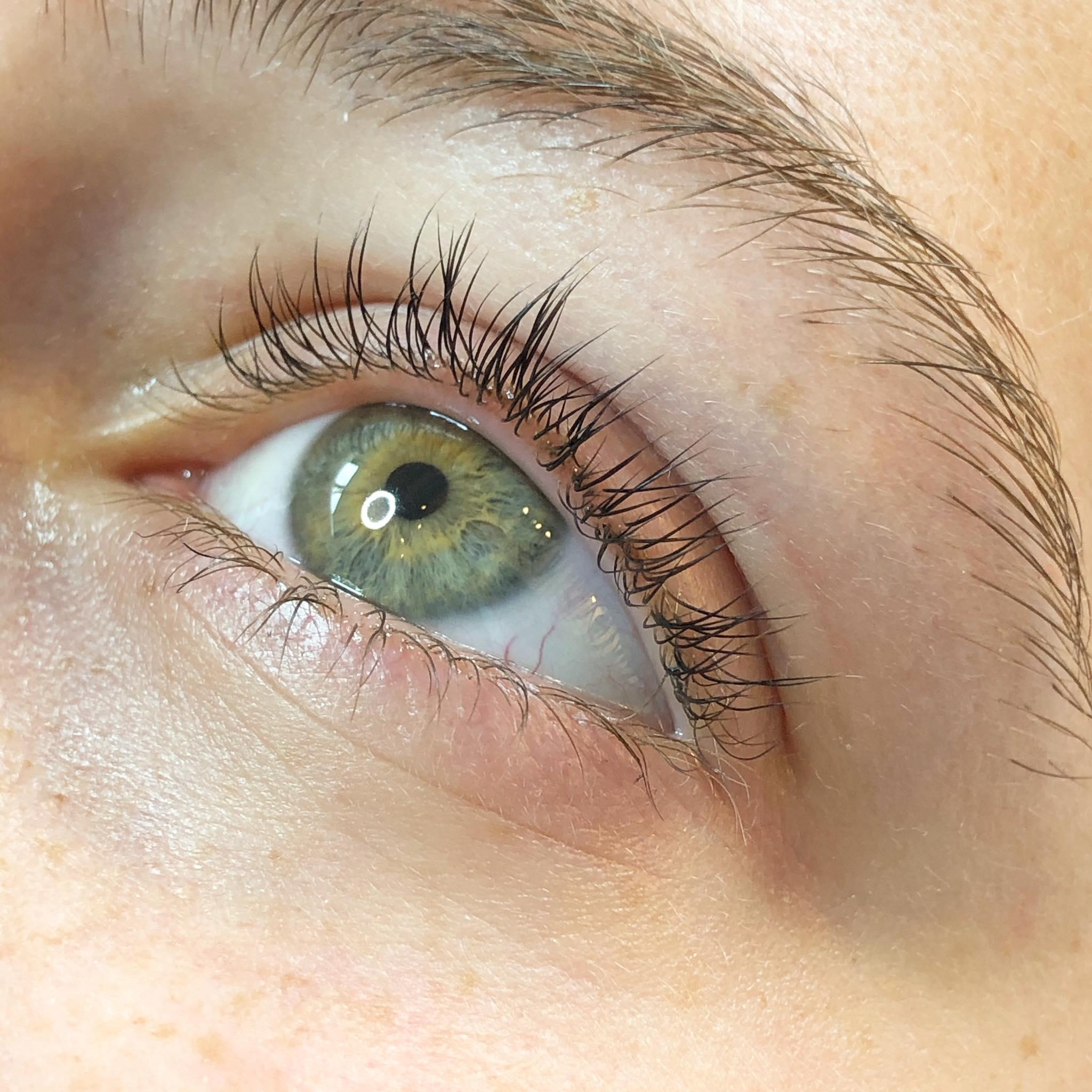 lashlift wimperlift schoonheidsinsituut bloom brows and beauty brugge